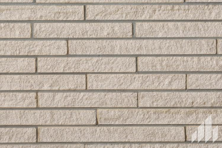 Sample of Arriscraft's Contemporary Brick in the colour Blizzard