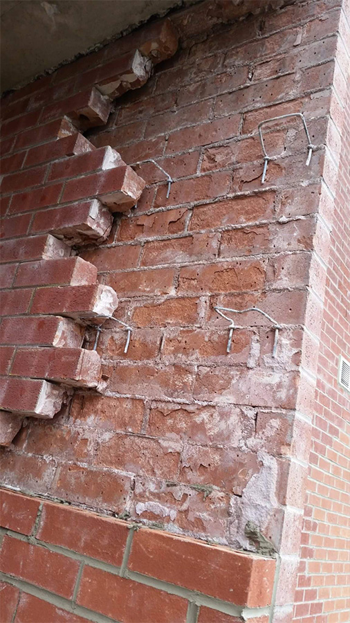 Red-brick-repair-toronto-apartment-Toothing