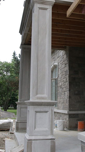 Indiana-limestone-pillars-and-portico-vaughn