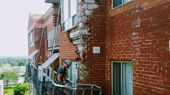 Red-Brick-restoration-missisuga-min